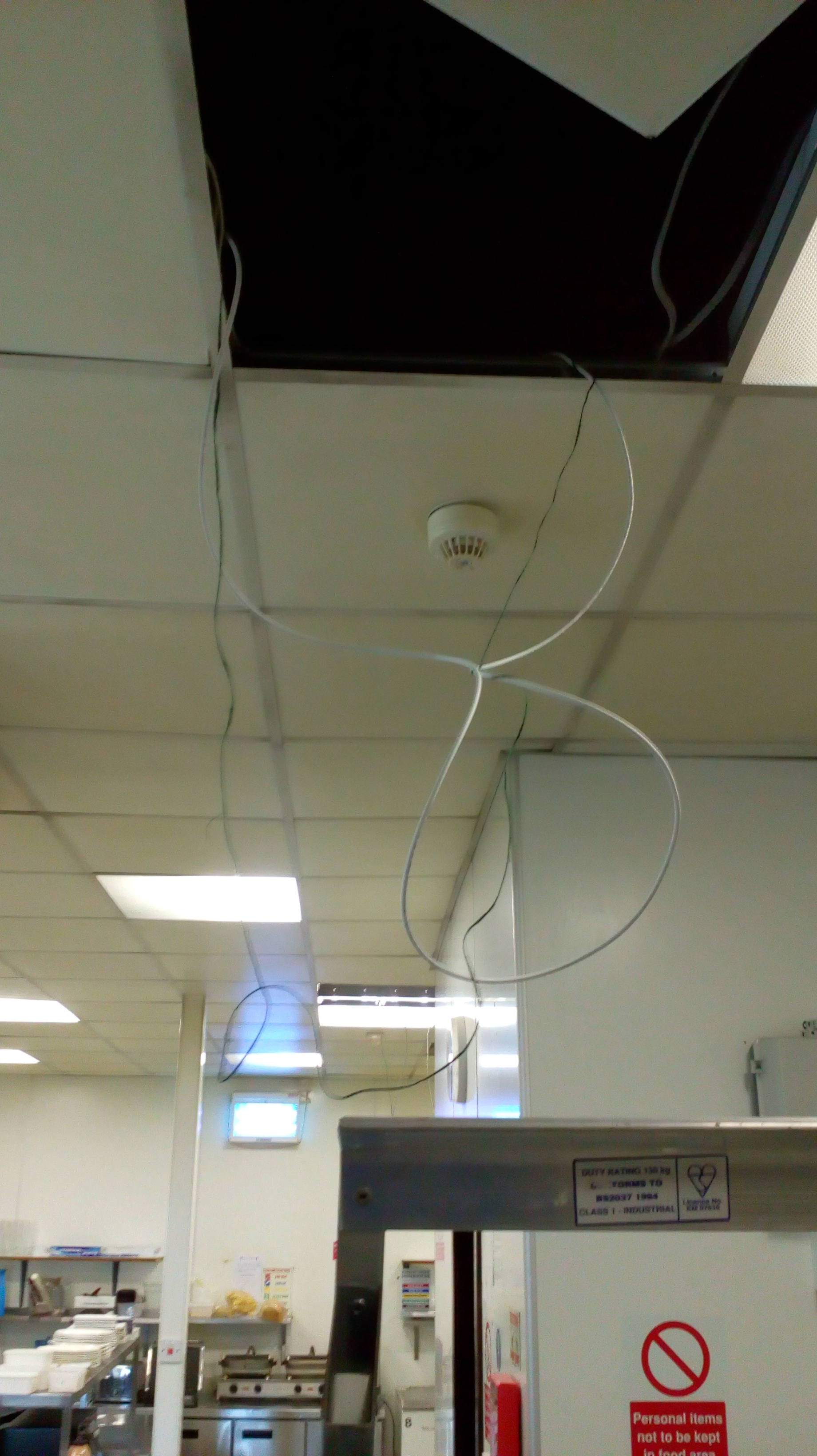 file:ceiling_cable_hop_2a.jpg